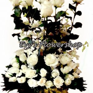 basket-of-ecuadorian-roses-2