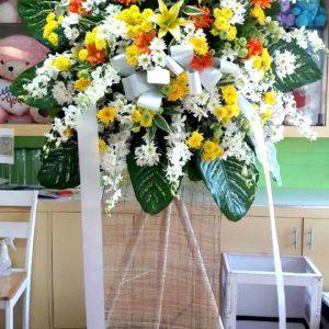 sympathy flower stand 53