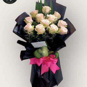 bouquet of bangkok roses 4