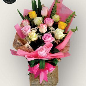bouquet of bangkok roses 6