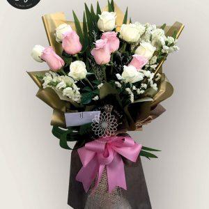 bouquet of bangkok roses 22