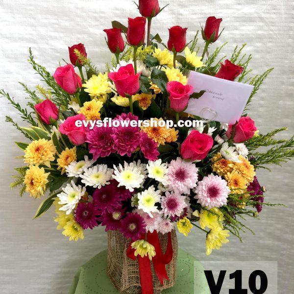 V10, vase of mixed flowers, spring flowers, vase arrangement, vase, vase of flowers, flower delivery, flower delivery philippines