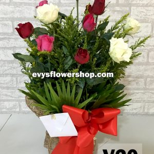 V20, vase of roses, roses, vase arrangement, vase, vase of flowers, flower delivery, flower delivery philippines