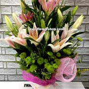 V6, vase of stargazer, stargazer, vase arrangement, vase, vase of flowers, flower delivery, flower delivery philippines