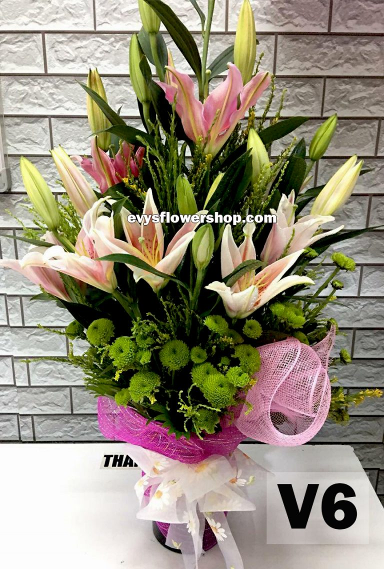 V6, vase of stargazer, stargazer, vase arrangement, vase, vase of flowers, flower delivery, flower delivery philippines
