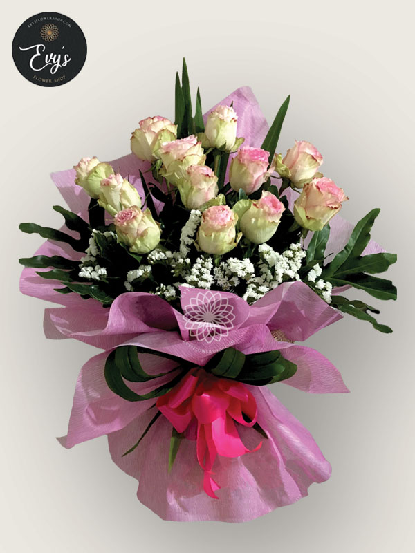 bouquet of ecuadorian roses 26