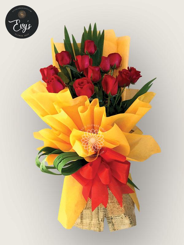 bouquet of ecuadorian roses 28