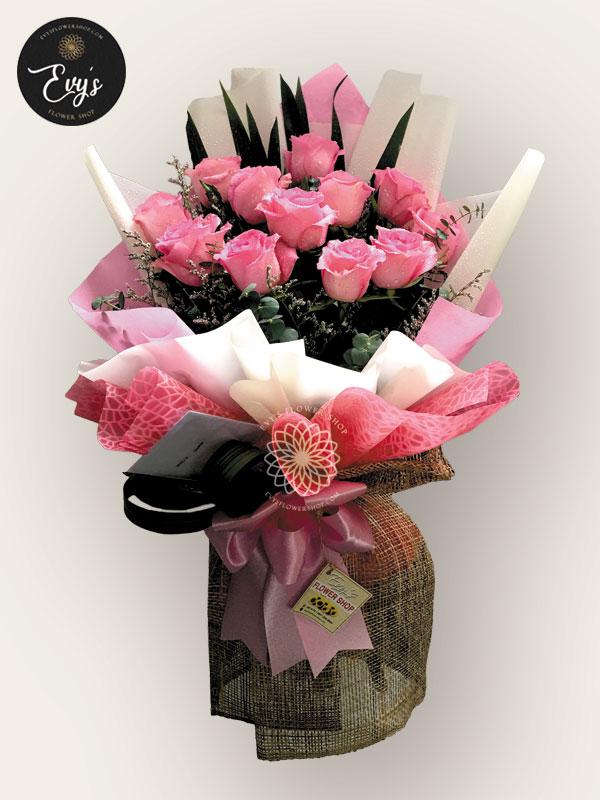 bouquet of ecuadorian roses 31