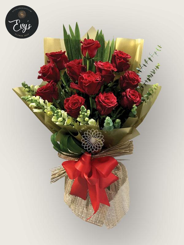 bouquet of ecuadorian roses 32